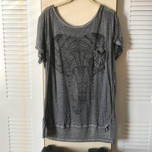Tops - Bohemian elephant T-shirt with pocket